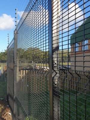 Standard (Medium) Security Clearview Fence